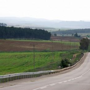 Highway 44 South of Ramla