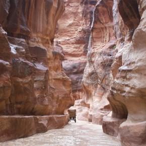 Tourist Siq Petra Jordan