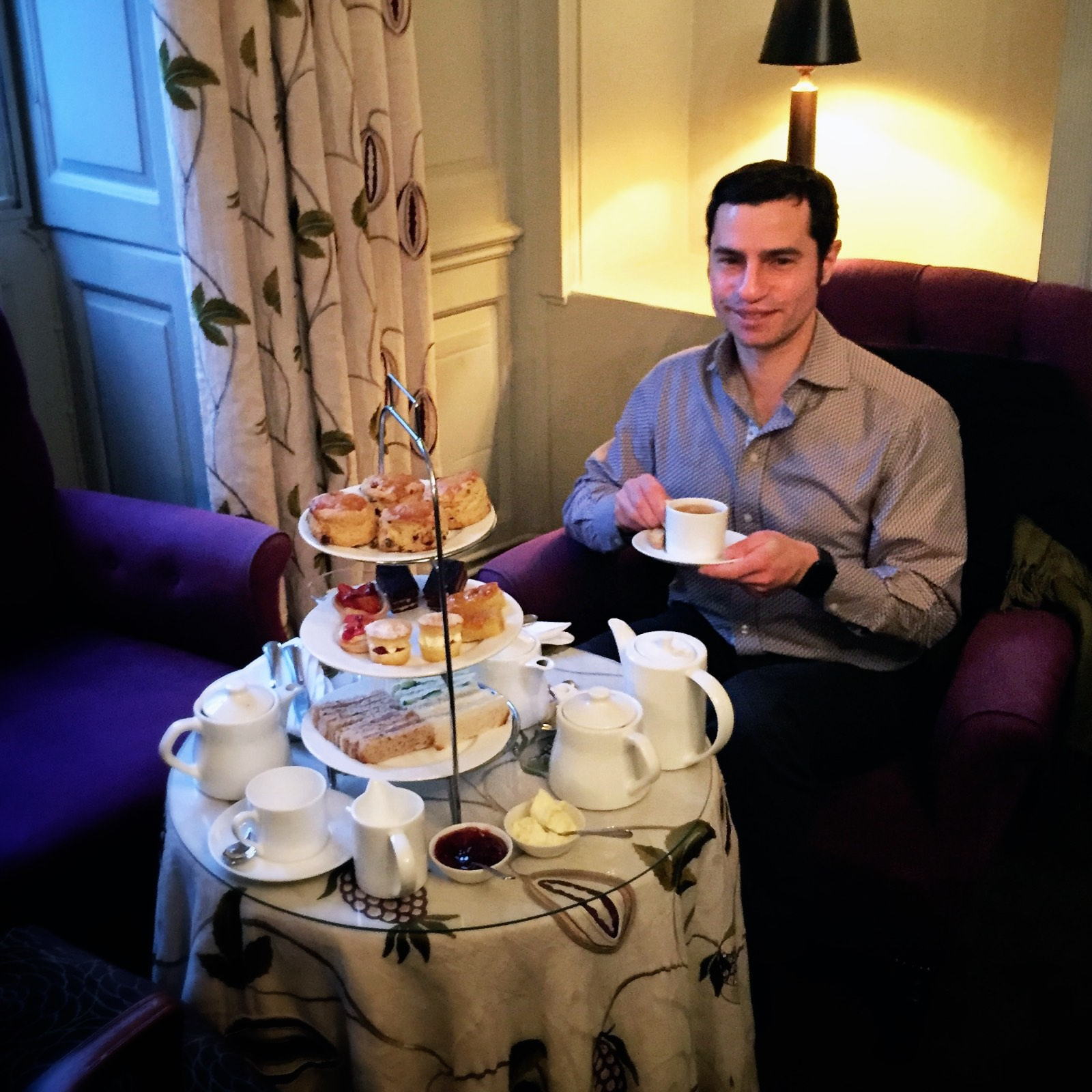 You are a tourist, you have afternoon tea! In style!