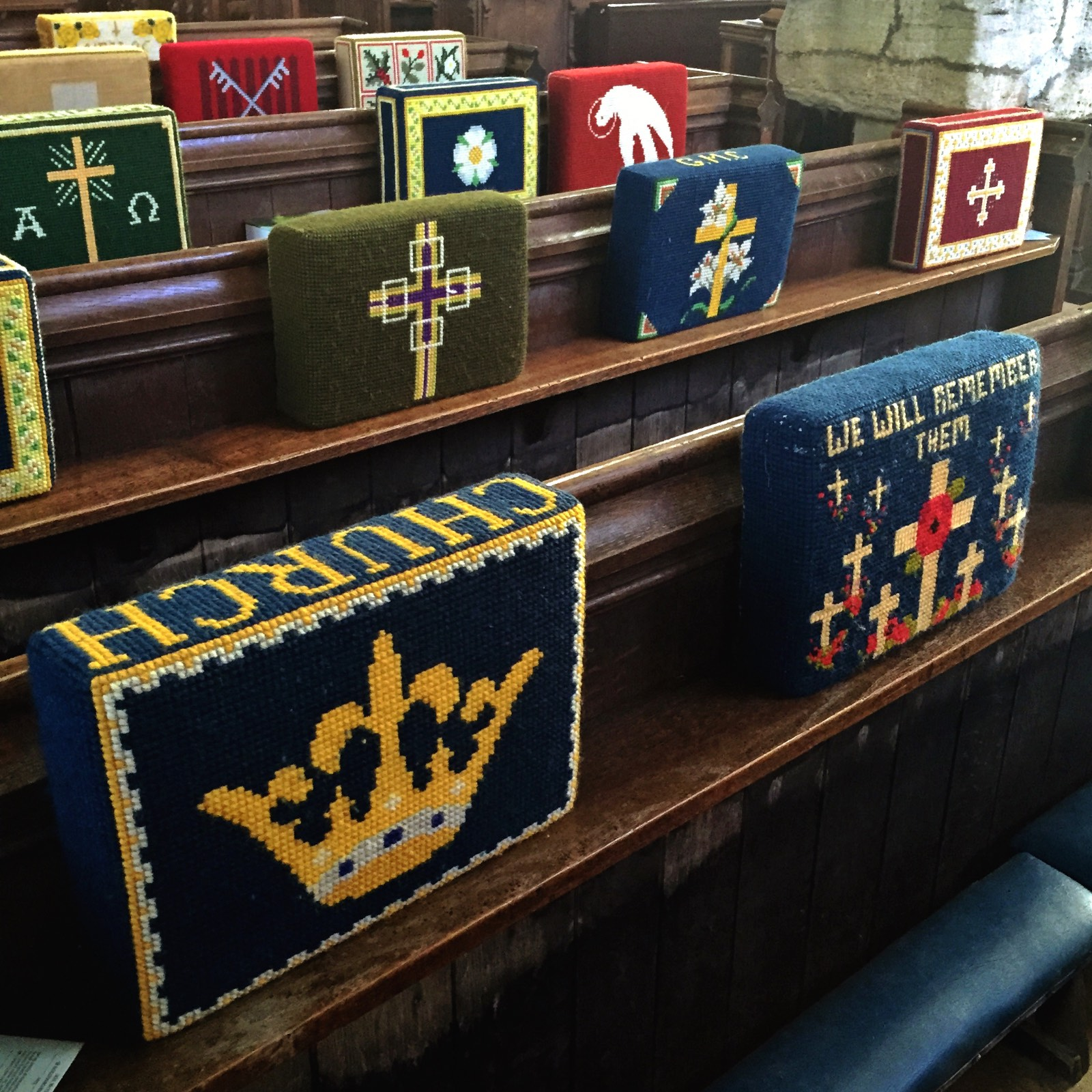 Kneeling pillows in church