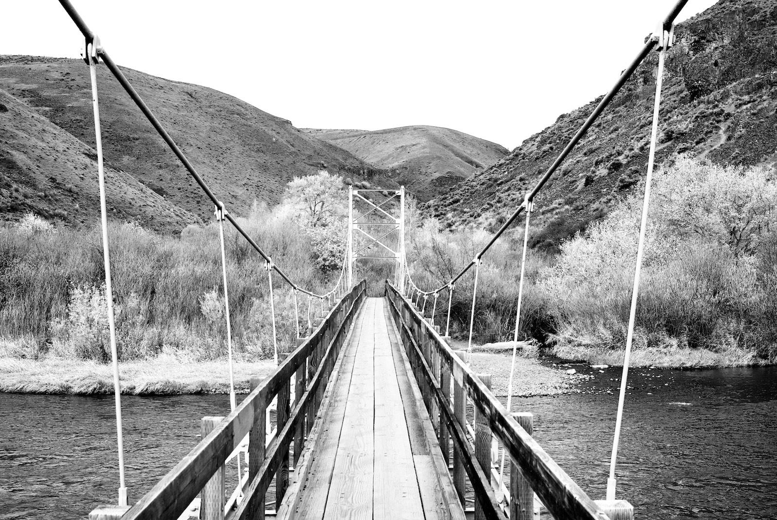 Umtanum Trail Bridge